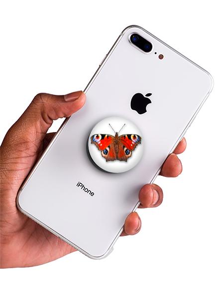 bílý popsocket s potiskem motýla babočky náhled na telefonu